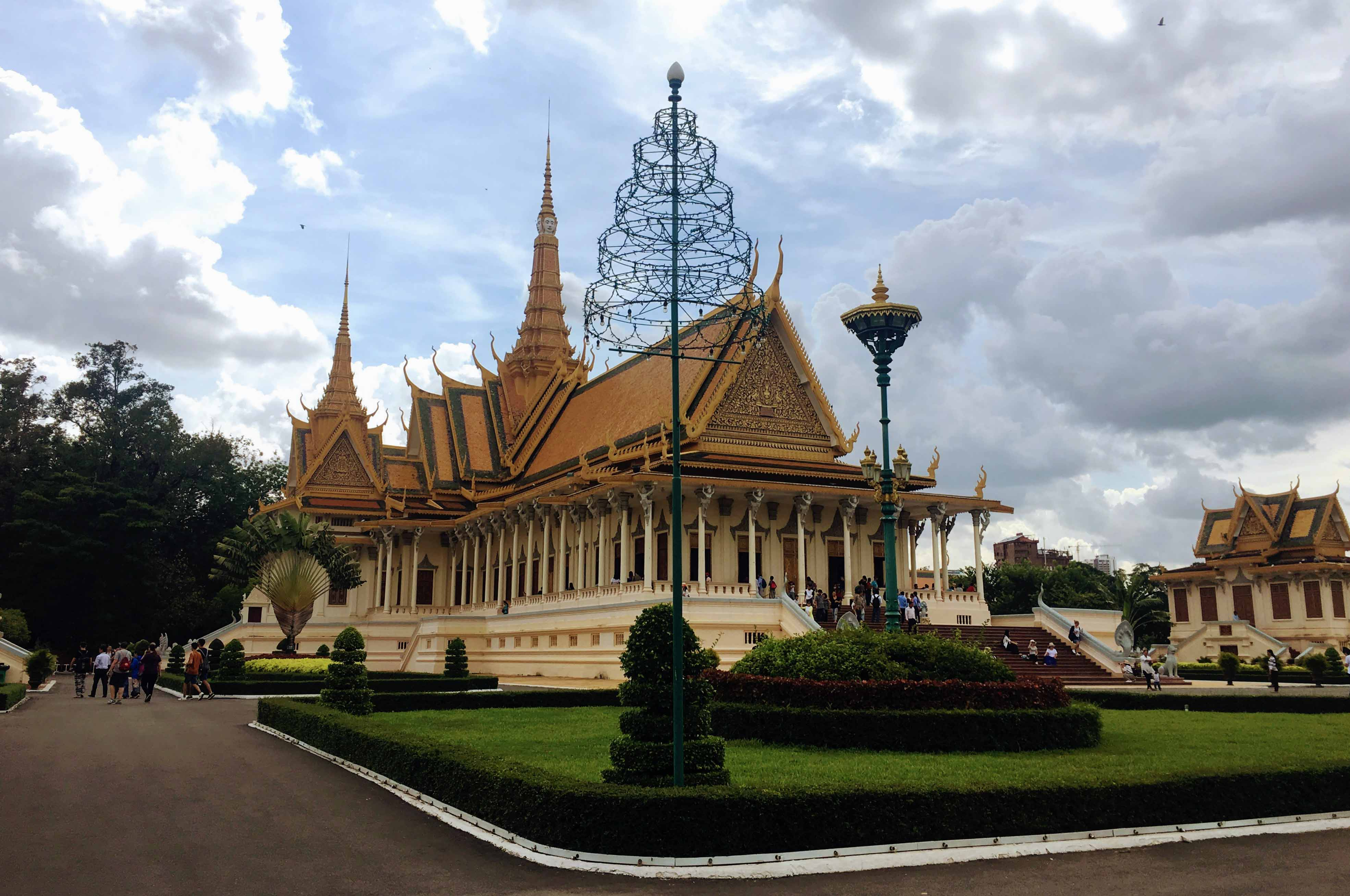 royal palace, phnom penh, cambodja