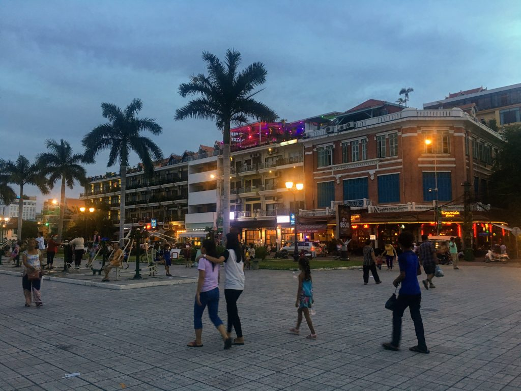 ohana hotel, localização, phnom penh, cambodja, alojamento